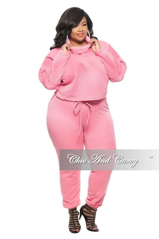 New Plus Size 2-Piece Jogger Set with Tie in Peach/Coral – Chic And Curvy