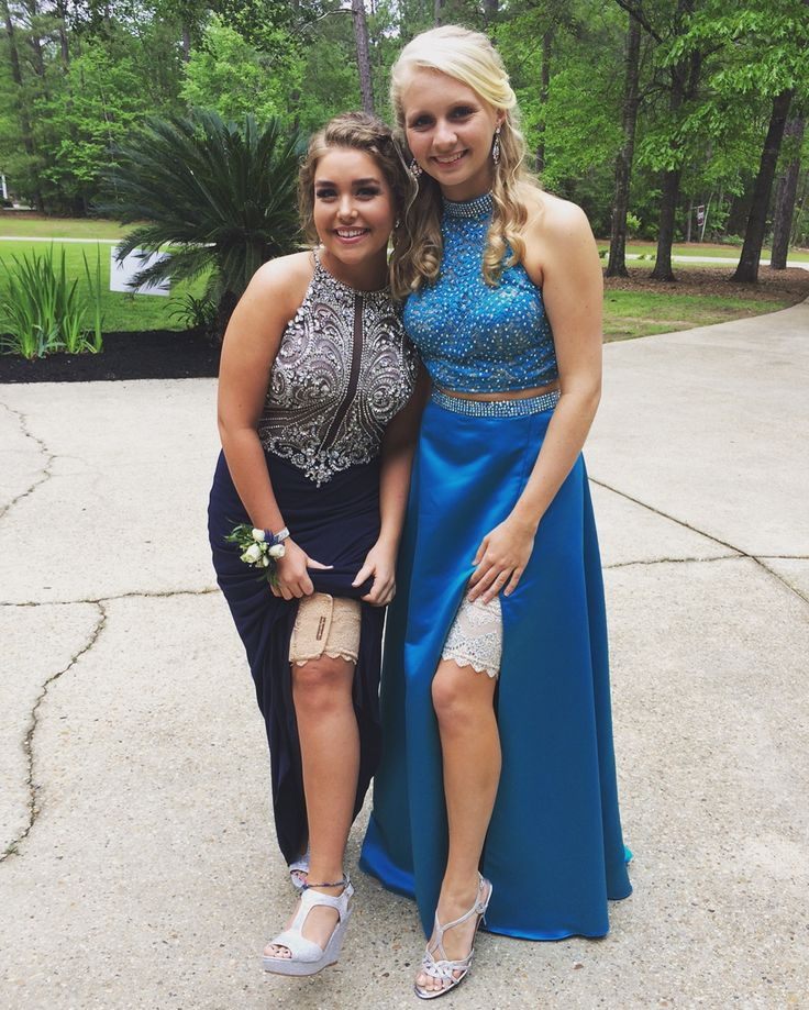 Why do you wear garters on prom?