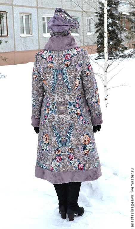 """Зимнее пальто из платка """"Тайна сердца""""."""