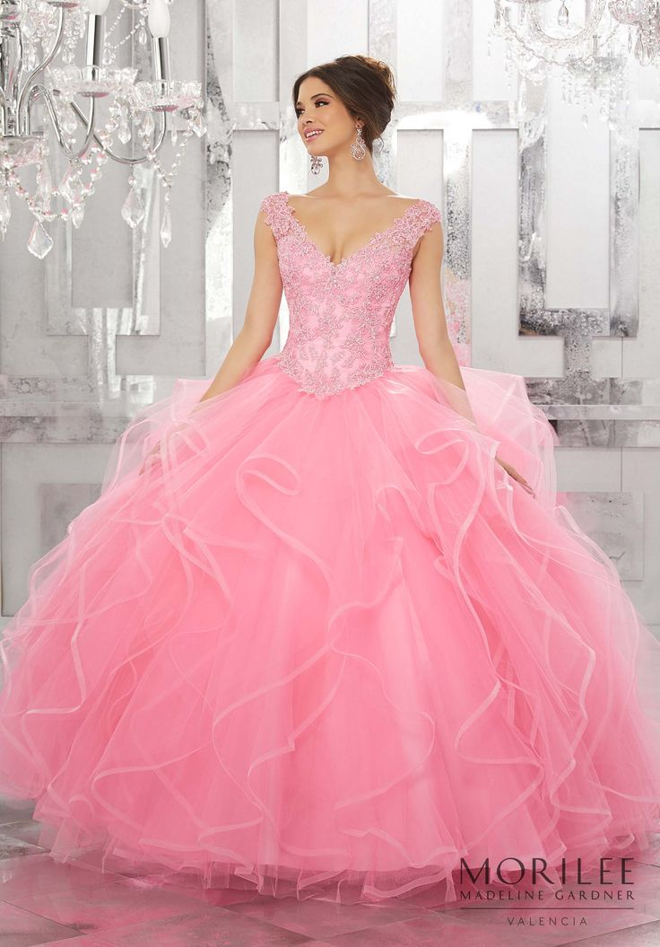 18 best my princes images on Pinterest | Quinceanera dresses, Ball ...