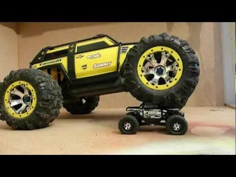 adaptter1: Crawler Duell - Losi Micro Rock Crawler 1:24 vs. T...