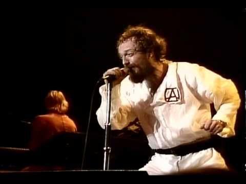 Jethro Tull - Aqualung (live 1980)