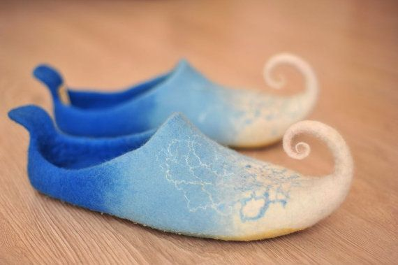 Fairy shoes/ felted home slippers blue/ white size Us by zavesfelt,