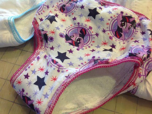 Dizzy Design Studio: DIY toddler training pants
