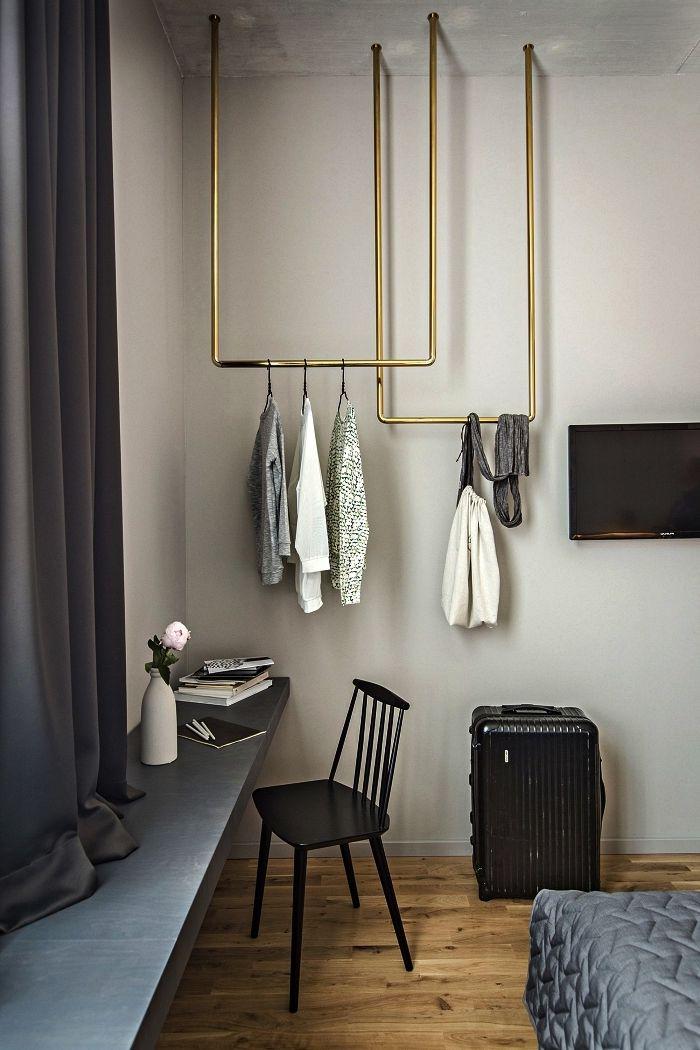 1001 Idees Pour Organiser Ses Vetements Avec Un Dressing Fait Maison Dressing Fait Maison Dressing Design Dressing Ouvert