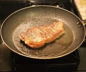 how to cook salmon steak on stove