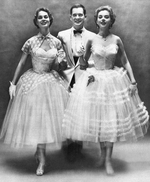 Dresses from 1954.: Fashion 1950S, Formal 1954, Vintage Fashion, 1950S Noticed, 1950S Dance, 1950S Fashion Formal, Braunda Formal, 1950 S, Dresses Shape