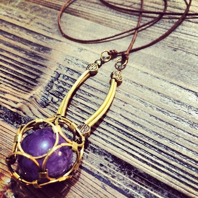 """@Somsri's photo: """"Imprisoned spherical amethyst necklace."""" #jewellery #handmade #jewelry #necklace #crystals #somsri #gemstone #amethyst #imprisoned #cage"""