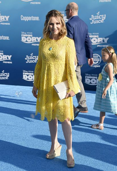 Beverley Mitchell Wedges - Beverley Mitchell paired her dress with nude slingback wedges.