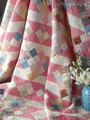 """Beautiful! VINTAGE 30s Jacobs Ladder QUILT 80"""" x 70"""" Sweet Cottage Home"""