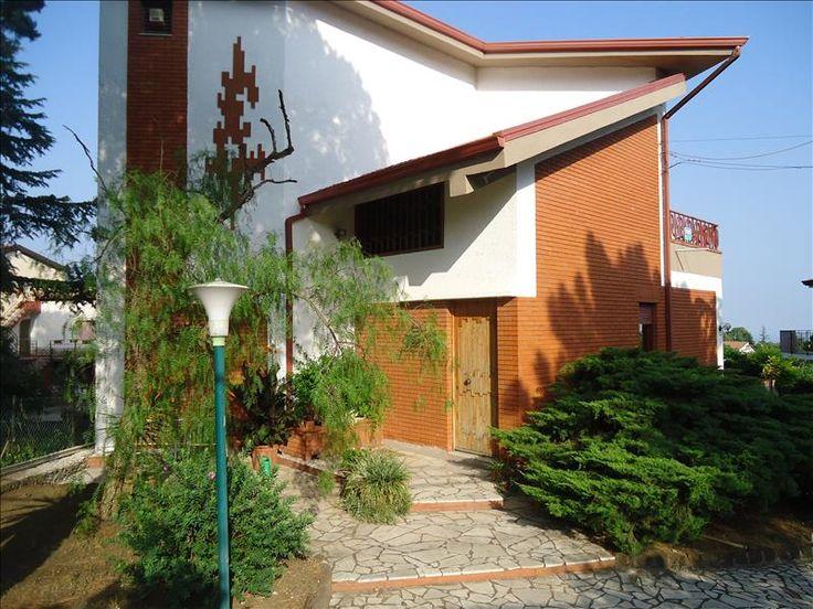 V25903: Villa in Vendita a Mascalucia (CT) - Real Estate Web