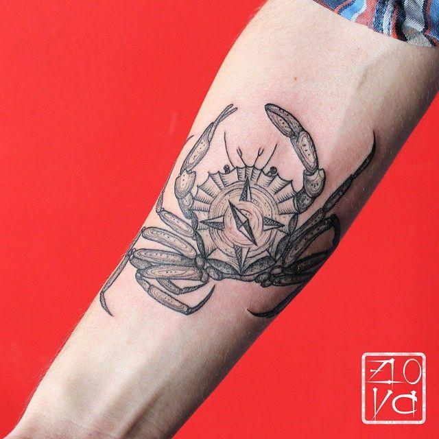Aurora Zlova on Flickr Original tags: #краб #компас #тату #татуировка #путешественник #дотворк #лайнворк #розаветров #клешни #злова #аврора #черная #графика #гравюра #linework #dotwork #blacktattoo #woodcut #woodcuttattoo #tattooartist #tattooart #tattoopins #татувпитере #тату #татуировка #та | Flickr - Photo Sharing!