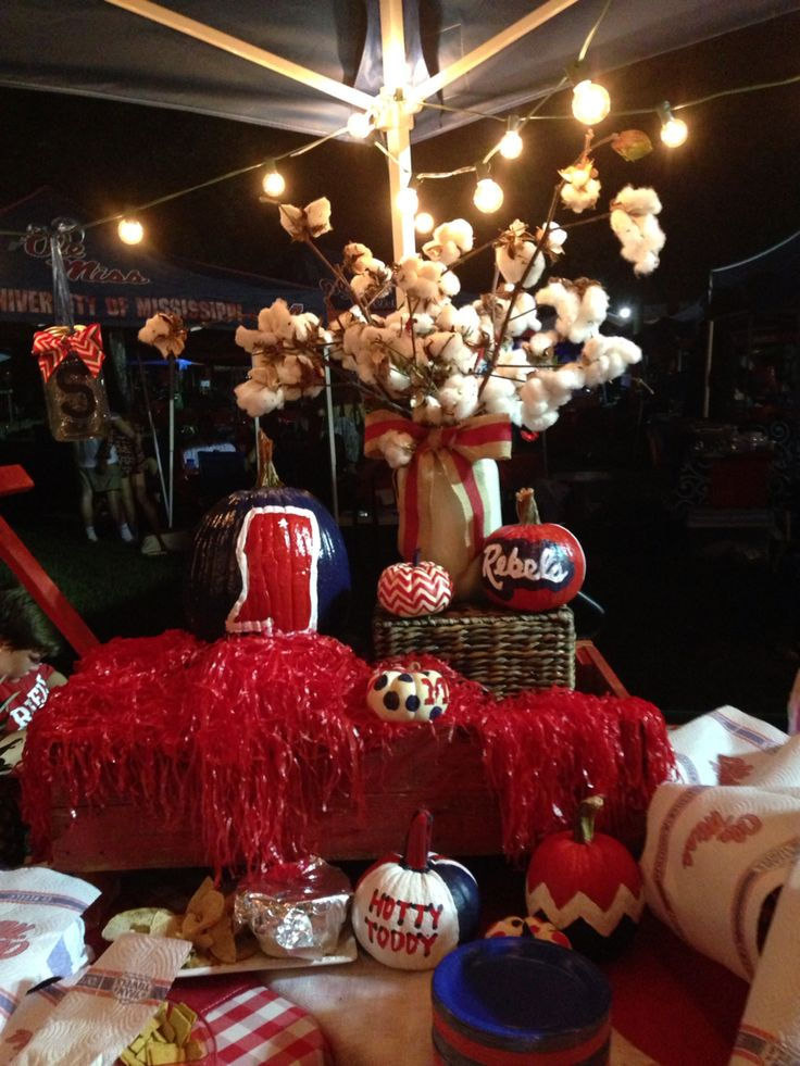 Ole Miss tailgating- Pumpkins/Centerpiece/Wagon