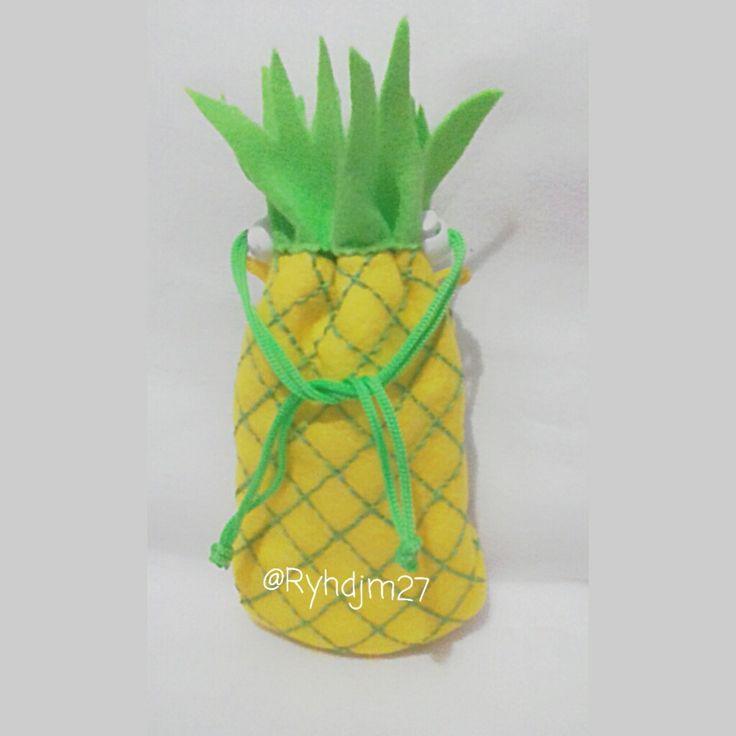 Felt pineapple phonecase 🍍🍍🍍🍍🍍🍍🍍