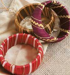 pulseiras de madeira decoradas com tecidos - Pesquisa do Google