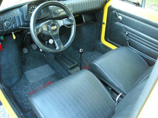1976 Fiat 126P - interior