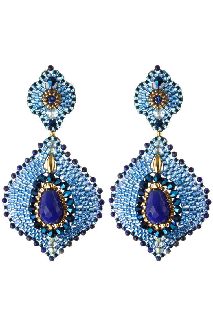 Let's shine in feminine elegance! WWW.NEWONE-SHOP.COM
