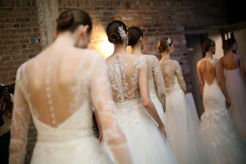 Robe de mariée avec motifs de dentelle