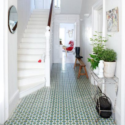 Tiled entryway floors - Love!
