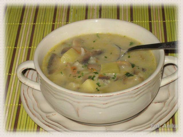 Domowa kuchnia Aniki: Zupa pieczarkowa z ziemniakami