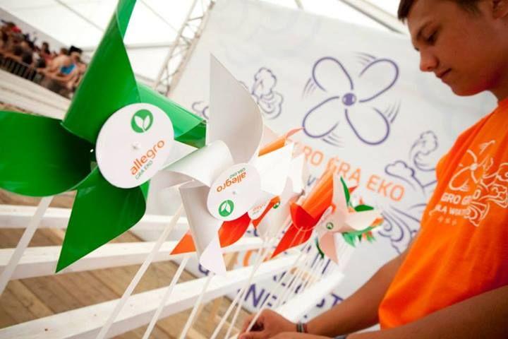 Allegro promuje pozyskiwanie energii z wiatru. Bądź EKO z #allegro na 19. Przystanku Woodstock
