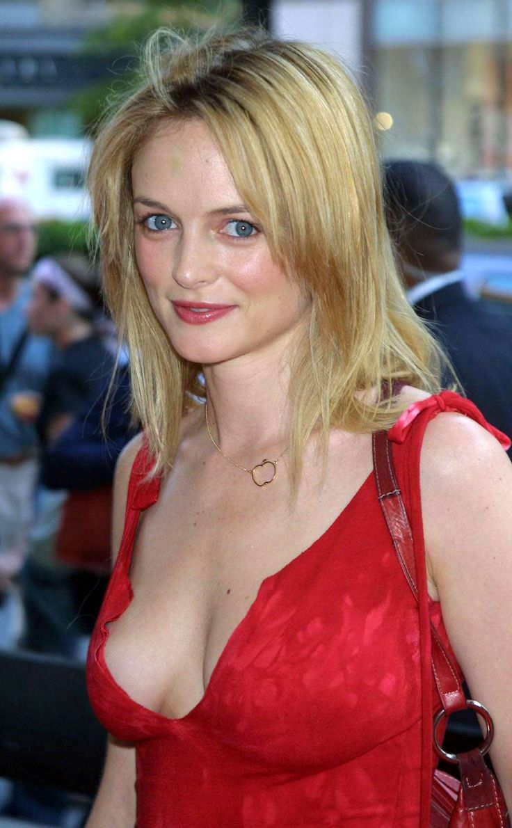 Heather Graham Hot Pictures and Photo