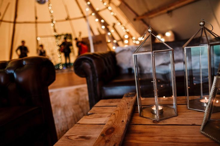 Our luxury Chesterfield Chill out makes a real statement at your Tipi event 🙌