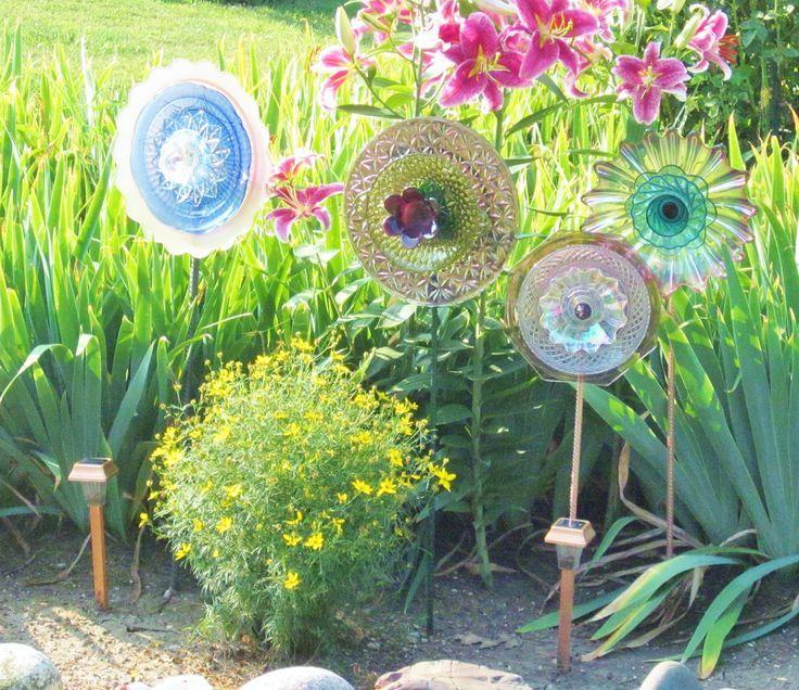Purple Garden Art Yard Decor Glass Plate Flower Upcycled Repurposed CASSIE