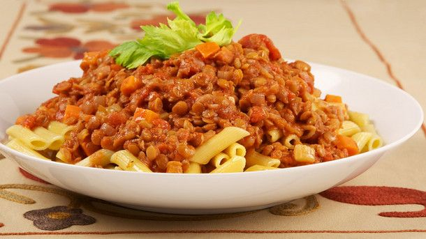 Penne with Tomato Lentil Sauce