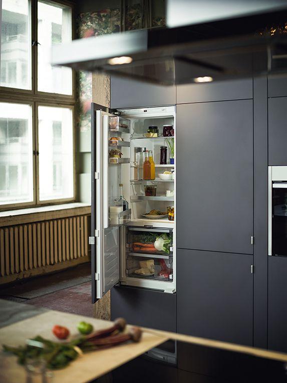 La gama de frío integrable Neff tiene soluciones que se adaptan a todas las cocinas: frigoríficos combinados, frigoríficos y congeladores de una puerta con varias alturas incluso para instalar bajo encimera .