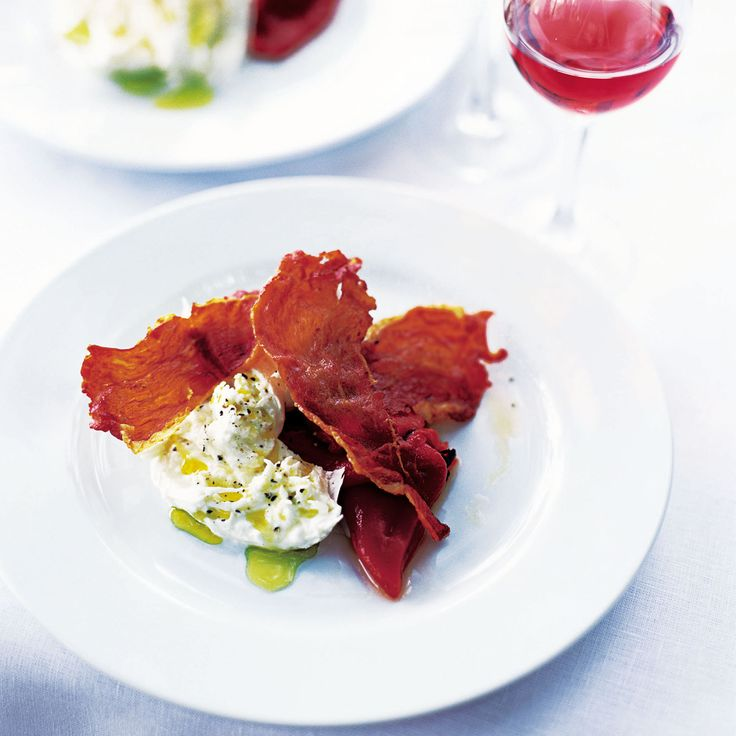Buffalo mozzarella with crispy Serrano ham and roasted peppers - Full of summer flavours, this easy recipe is perfect for warm weather