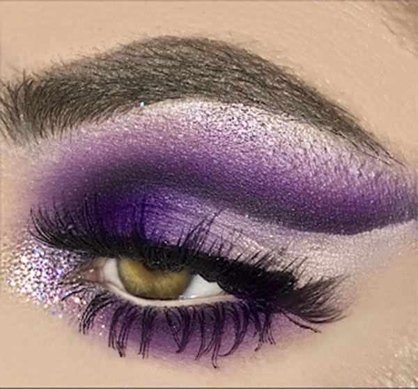 Lavender And Purple Eye Shadow To Create Dramatic Eye Shadow Look
