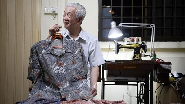 Video > Batik seller Ang Kum Siong, featured in The Strats Times' They were there at the beginning series: The stories of the pioneer generation in Singapore. http://www.straitstimes.com/ndp2014 Photo: Mark Cheong/The Straits Times