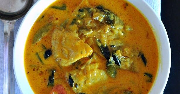Fish curry recipe, tangy fish curry recipe, fish curry with coconut milk, fish curry with raw mangoes, kerala macher tauk, bengali macher tok reipe, kancha aam die machh. Alleppy fish curry, kerala style fish with raw mangoes
