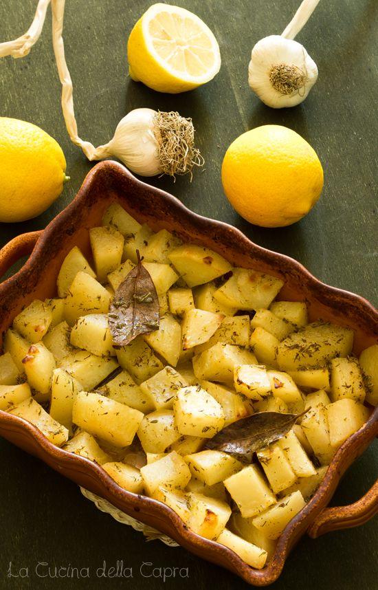 patate arrosto all'aglio e limone