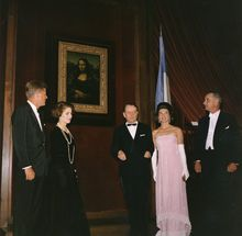 "André Malraux - Wikipedia. U.S. President John F. Kennedy, Marie-Madeleine Lioux, André Malraux, U.S. First Lady Jacqueline Kennedy, and U.S. Vice President Lyndon B. Johnson at an unveiling of the Mona Lisa at the National Gallery of Art, Washington, D.C. Mrs. Kennedy described Malraux as ""the most fascinating man I've ever talked to""."