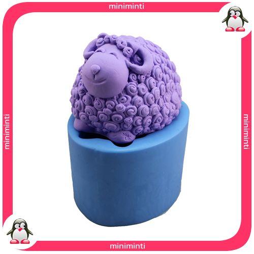 sheep soap mold, kuzu sabun kalıbı. www.miniminti.com