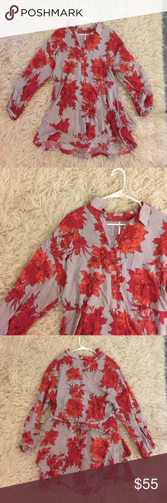 Free People Floral Dress S Super cute dress with the in back. Rarely wear so that's why it's here. Free People Dresses Midi