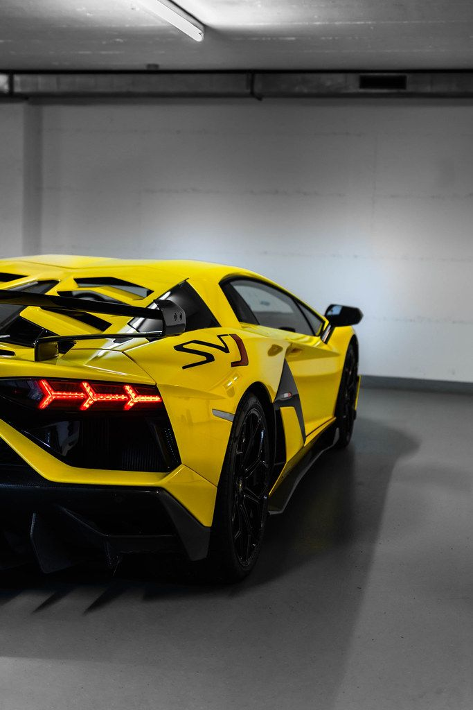 Powerful And Elegant Discover The Best Supercars Of The Year 2019 Super Cars High End Cars Lamborghini Aventador