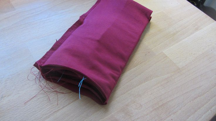 Brown Paper Patterns: DIY Running iPhone Armband - Tutorial