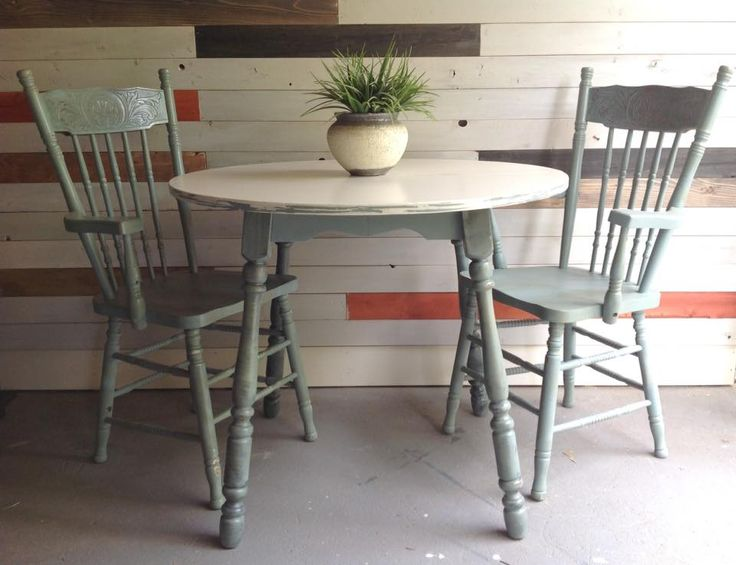 Rustic farmhouse style table refinished by Superior Paint Co. Retailer The Refinish Line in Grand Forks BC