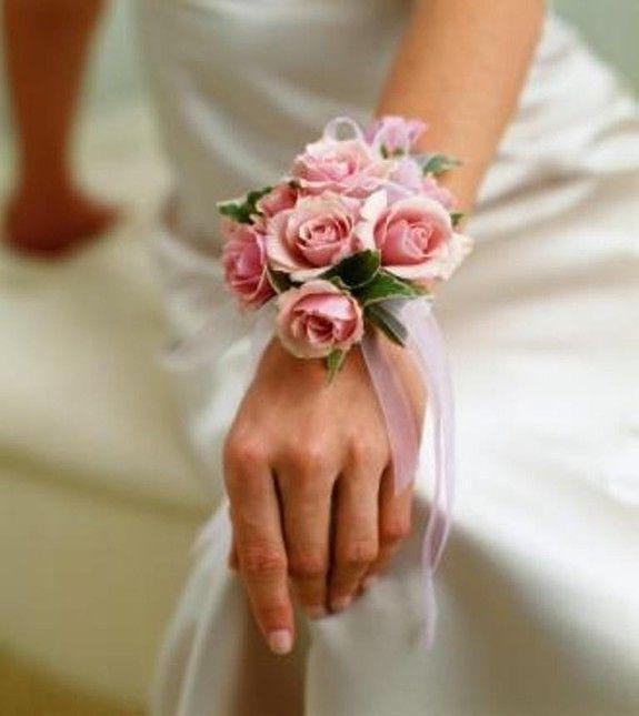pulsera-de-flores-para-la-novia-2014