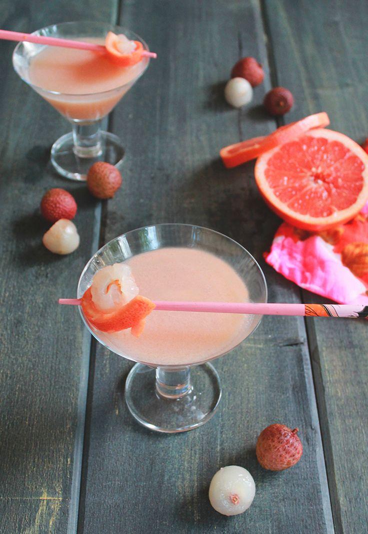 Pink Lychee Martini - #cocktail recipe at cali-zona.com