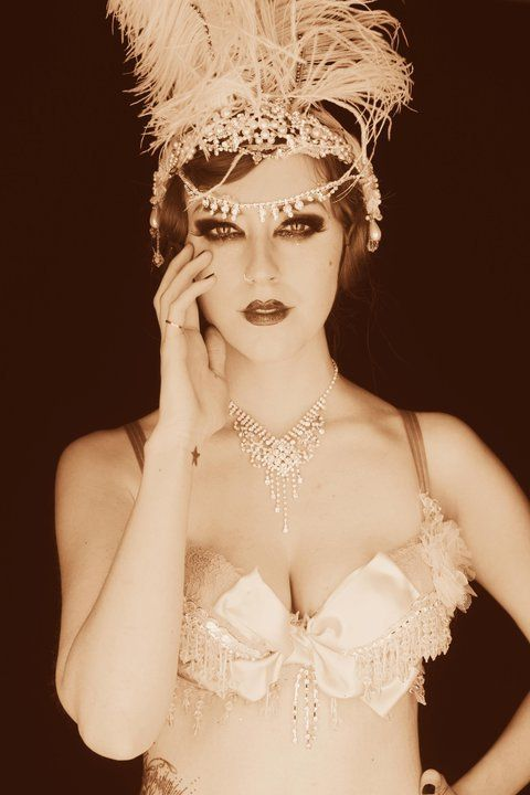 Love this pink 1920s style. See the top five burlesque dancers of the decade http://www.burlexe.com/five-1920s-burlesque-icons/