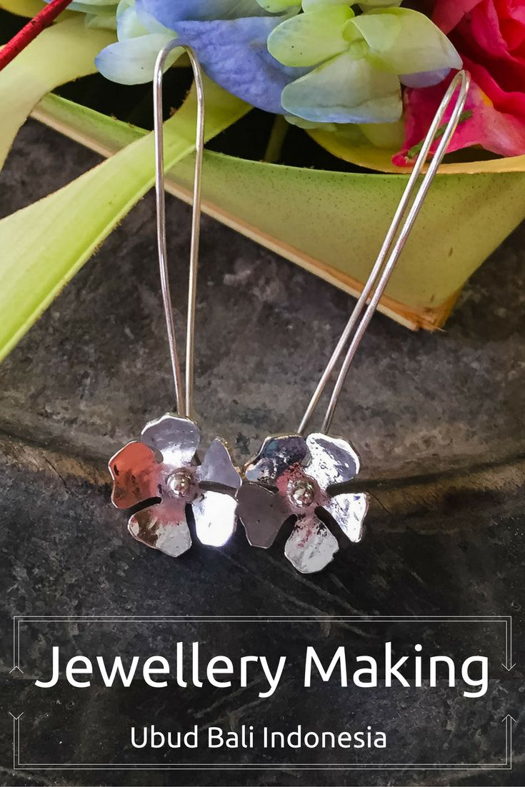 Get creative while in Ubud Bali with a Chez Monique jewellery making class. In a few hours you will have a fabulous piece of silver jewellery that will be a long lasting reminder of your trip.