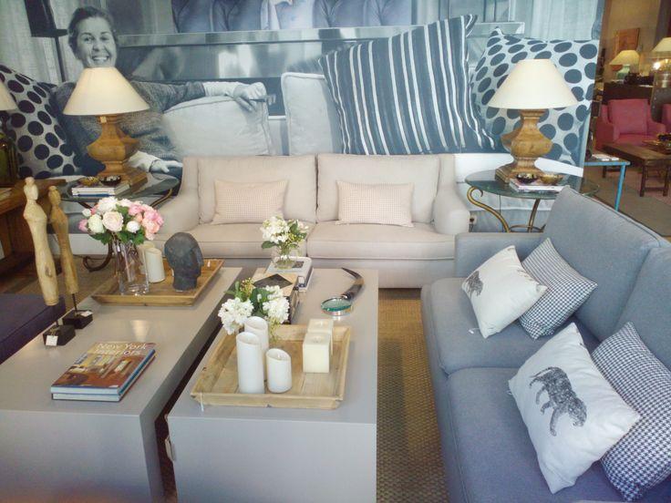 Tenemos nuevos modelos de sofás y telas, aprovecha a dar un cambio en tu casa este Verano