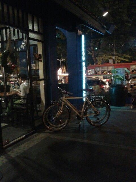 Starbucks Chaosan Road Bangkok