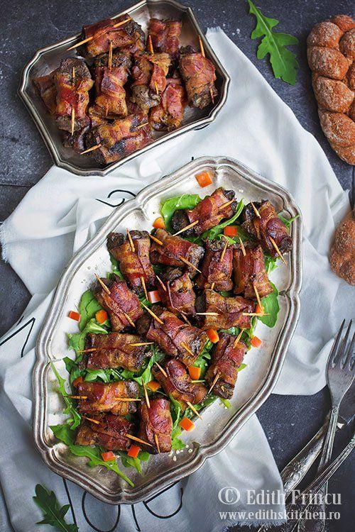 Bacon wraped chicken liver