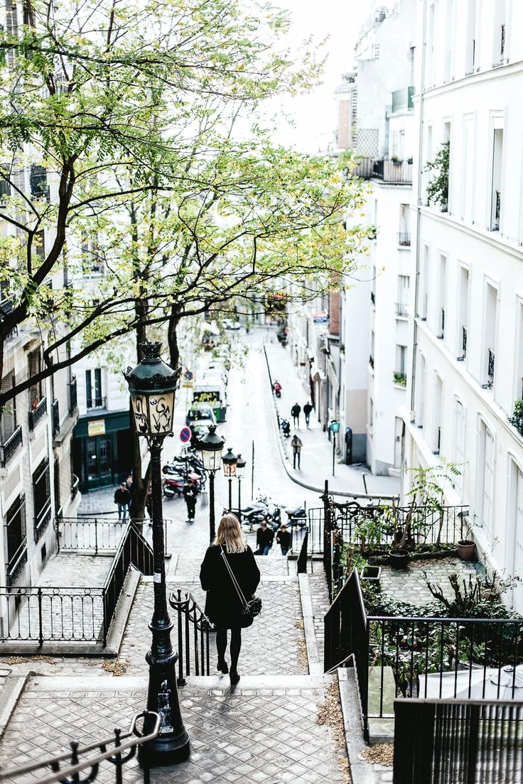 Nothing like roaming Parisian streets having crepes, baguettes and ham&cheese for every meal   Paris - Daniel Farò