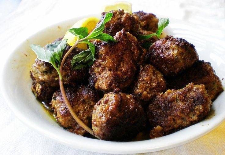 Hjemmelagde greske kjøttboller